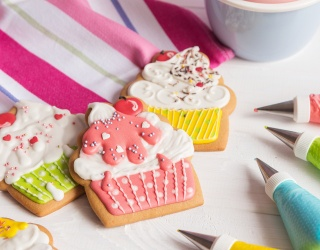 Get Crafty With Your Cookies in This Memory Match