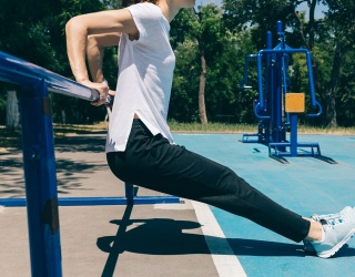 Make Afternoons With the Kiddos Multi-Functional With a Full-Body Playground Workout