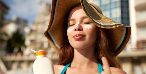 Don't Waste Your Time Making Homemade Sunscreen -- It's Not Safe