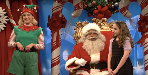 """A Very Overwhelmed Mall Santa Tries Explaining Today's Political Climate to Some Very Curious Kids On """"SNL"""""""