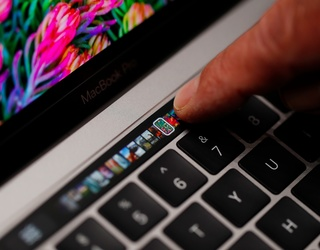 State Bar Exams Tell Hopeful Lawyers to Leave Their New MacBook Pro Touch Bars at Home
