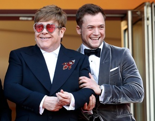 """Taron Egerton Choked up After the """"Rocketman"""" Premiere and I Volunteer to Give Him a Hug"""
