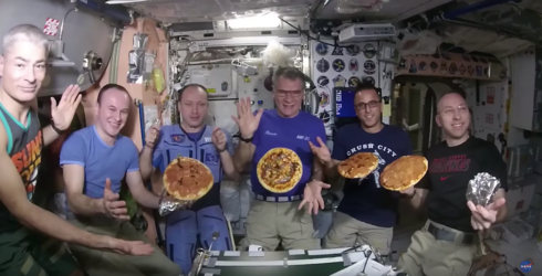 NASA Astronauts Had a Pizza Party in Space, Because Calories Don't Count in Zero Gravity