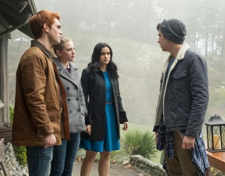 """Why """"Riverdale"""" Works Even Though It's an Objectively Terrible Show"""
