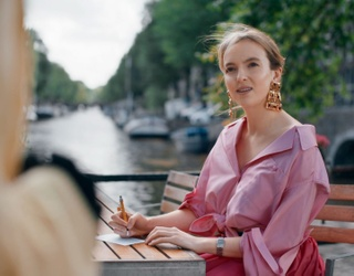 """8 of Villanelle's Outfits We'd Kill for From """"Killing Eve"""""""
