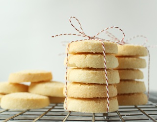 12 Shortbread Recipes to Take Your Cookies From Drab to Fab