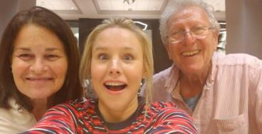 "Kristen Bell Saves ""Frozen"" Costar Josh Gad's Family From Hurricane Irma"