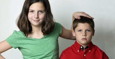 The Whole Family Can Laugh at These 8 Youngest Sibling Struggles