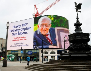 100-Year-Old Raises Millions for Healthcare Workers, Becomes World's Favorite Birthday Boy