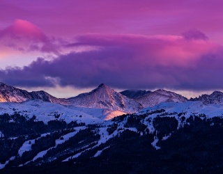 Cabinet of Curiosities: Why Are Winter Sunsets so Colorful?