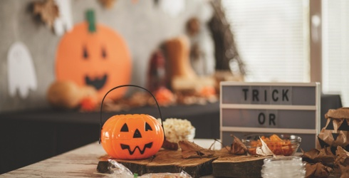 Halloween Decor Is an Art, so Take Our Quiz to Get Some Crafty Inspiration