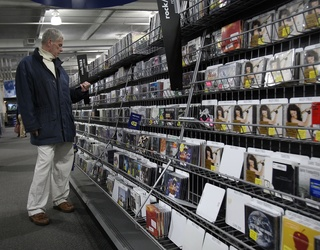 Best Buy Announced It Will No Longer Sell CDs; RIP to My Vintage Discman