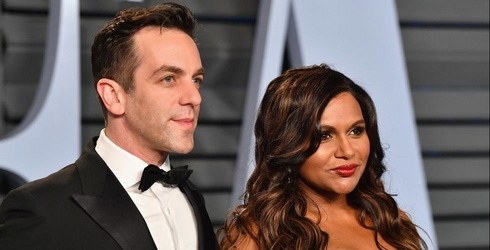 Mindy Kaling and BJ Novak Attend Vanity Fair's Oscar Party Together, Baby Daddy Chatter Resumes