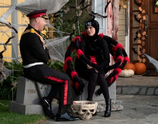 """Every """"Modern Family"""" Halloween Episode, Ranked"""