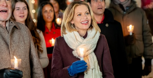 Hallmark Helps to Make Your Self-Isolation Bright With a Christmas Movie Marathon
