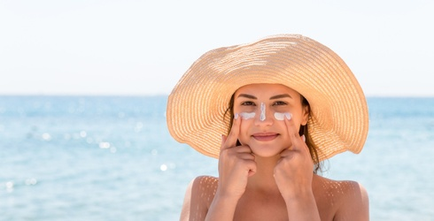 9 of the Best Sunscreens for Sensitive Skin (That Won't Make You Break Out)