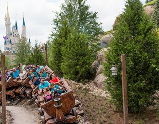 How Did These Friends Ride 46 Disney Rides in 18 Hours?