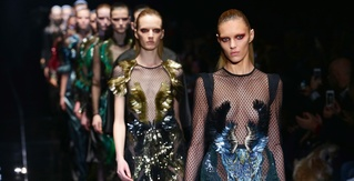 Gucci, YSL, Dior, Marc Jacobs and More Kick Size Zero Models off the Runway