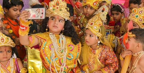 This Week's Great GIF Rundown: Diwali, Chick-fil-A & Donuts