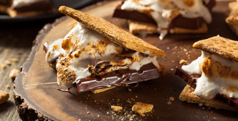 Test Your Memory With S'mores, the All-Season Campfire Essential