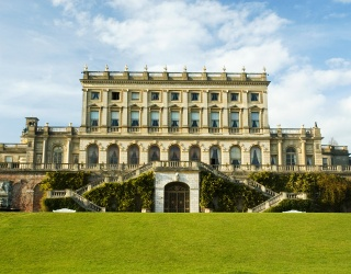 Weekend Wanderlust: Bring Along a Butler to Your Lavish Estate Stay