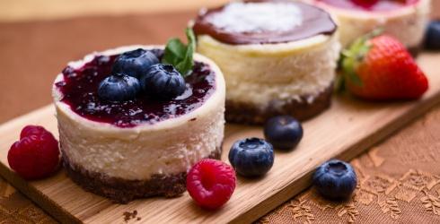 15 Cheesecake Recipes That Aren't Made in a Boring Circular Pan
