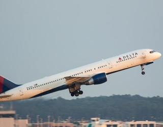 Delta Airlines to Bring Back Free Meals in Coach on Select Cross-Country Flights