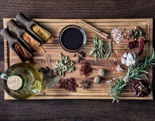 Can You Organize the Ingredients on This Cutting Board Before Dinner Tonight?