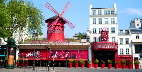 Paris's Moulin Rouge Helps Remind Us That We'll all Travel Again, Friends