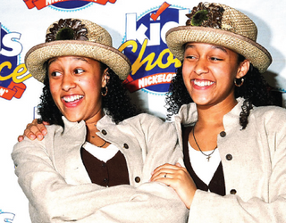 """""""Sister, Sister"""": How Many Tias and Tameras Can You Pair in This Memory Match?"""