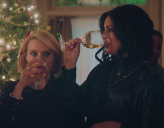 """SNL"" Finally Said What Women Are Thinking Every Holiday Season: Pandora Bracelets Suck"