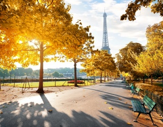 Weekend Wanderlust: Thanks to Emily Cooper, We're All Pining Over Paris