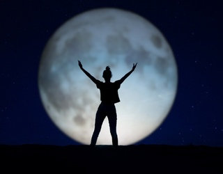 Cabinet of Curiosities: What Effect Does a Full Moon Really Have on Human Behavior?