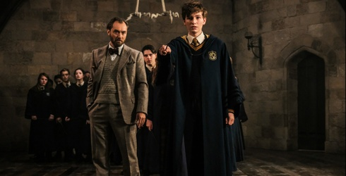 """J.K. Rowling Is Expanding the World of Hogwarts With the """"Fantastic Beasts"""" Films, and It's Actually Working"""