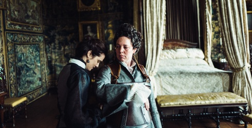 """""""The Favourite"""" Is Deliberately Messy, and That's What Makes It Oscar Worthy"""