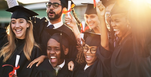 5 Thoughts Everyone Has While Watching a Graduation Ceremony
