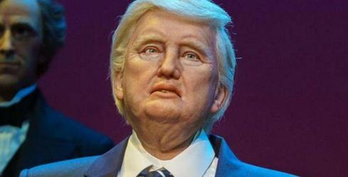 Ingenius Photoshopper Replaces Trump With His Disney Animatronic Robot in Photos, Creates My Worst Nightmare