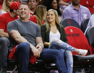 The NFL WAGs Showed off Their Team Spirit During the Year's First Football Sunday