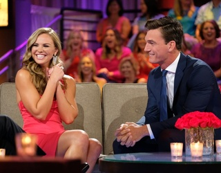 """""""The Bachelorette"""" Fan Favorite Tyler Cameron's Face (and Abs) Make for a Swoon-Worthy Memory Match"""