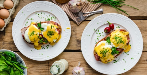 Break out the Eggs Benny Because Research Says Breakfast Is the Key to Weight Loss