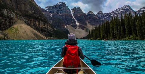 8 Reasons to Add Banff National Park to Your Next Cold-Weather Vacay