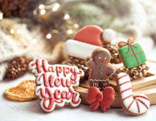 Tasty Tuesday: Kick Your Cookie Decorating up a Notch With These Frosting Lettering TikToks