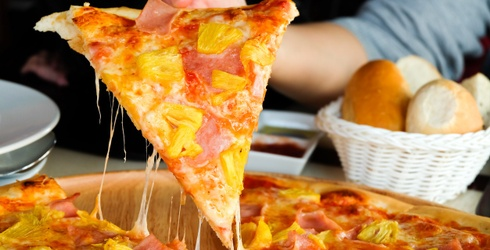 Would You Rather: Cheese Pizza vs. Hawaiian Pizza
