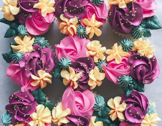 Literally Just a Roundup of the Most Beautifully-Decorated Cupcakes We've Ever Seen
