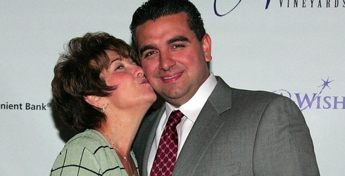 """""""Cake Boss"""" Star Buddy Valastro Loses Mom to ALS, Writes Her a Beautiful Tribute"""