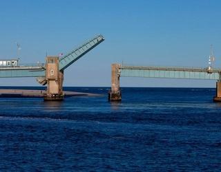 New Jersey Dad Jumps the Gap on Rising Drawbridge, Confirms He'll Never Cross a Bridge Ever Again