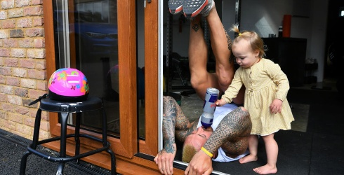 Unscramble This Adorable Father-Daughter At-Home Workout Puzzle