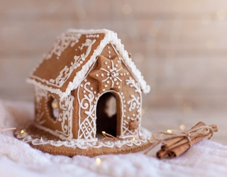 6 Gingerbread Replicas That Go Beyond the Typical Broken-Down Houses