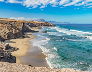 """Weekend Wanderlust: Feel the """"Wonder"""" of DC's Latest Release in the Canary Islands"""