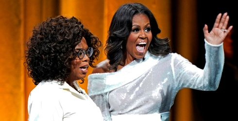 """8 Thoughts Michelle Obama Shared With Oprah About Her New Memoir, """"Becoming"""""""